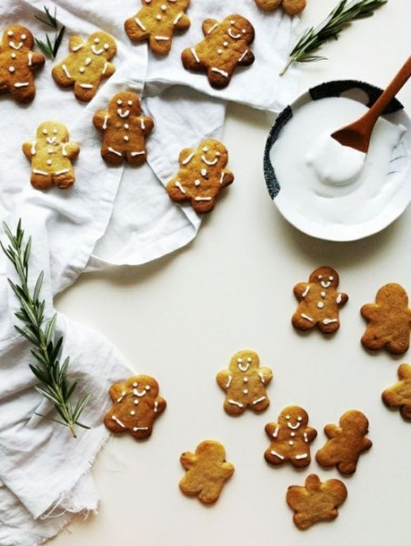 Mini gingerbread men with simple white icing
