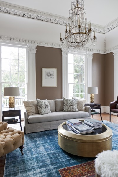 Get cozy and keep it classic. This gorgouse sofa by Lee Industires in Belize Flax will set the stage fo an timeless room.