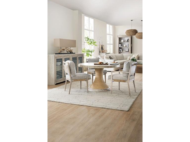 modern natural texture dining set used in charleston interior design inspiration